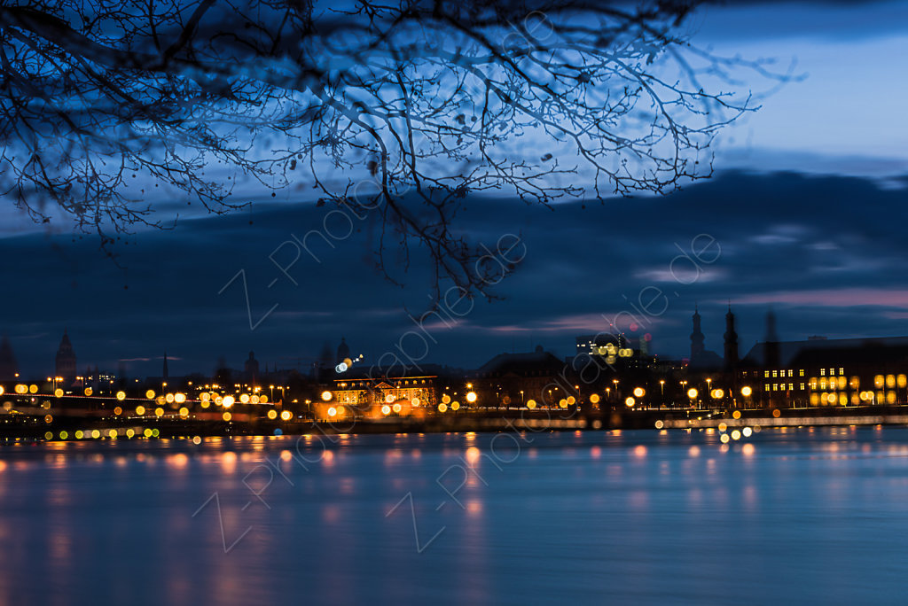 MAINZ IN TWILIGHT